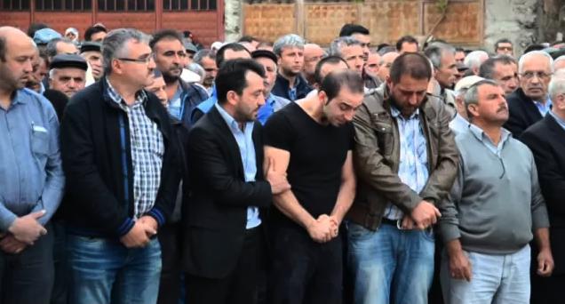 Ankara'daki terör saldırısında yaşamını yitiren İsmail Kızılçay, Tosya ilçesinde toprağa verildi