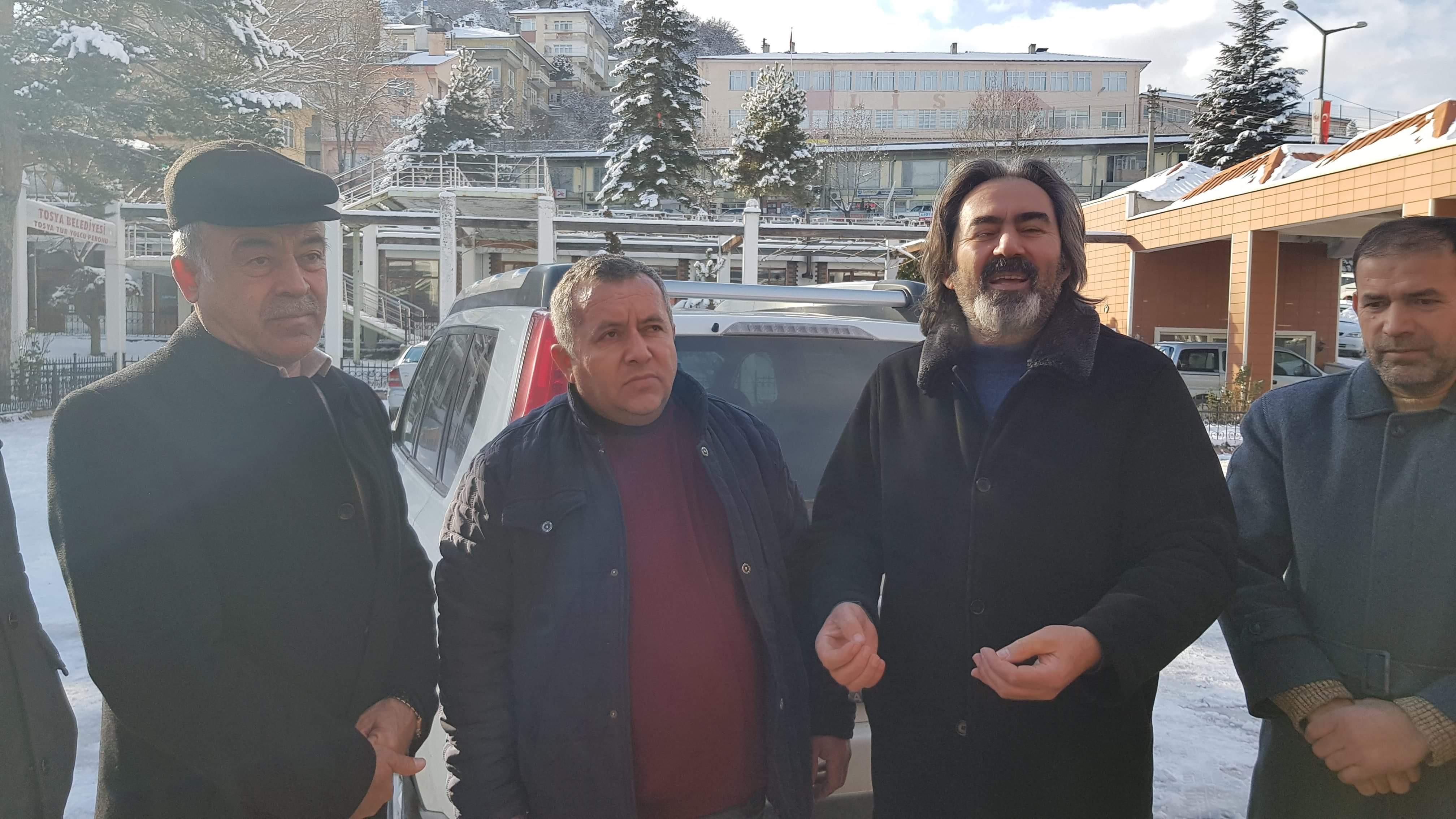 """SHOW YAPMADILAR """"PATİLER AÇ KALMASIN DEDİLER""""..!!!"""
