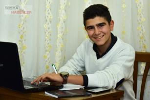15 YAŞINDA BİR ÇOCUK SİZCE NELER YAPABİLİR  ( Genç yazarımız Mustafa Pazvat'ın ilk köşe  yazısı destekleyelim lütfen)