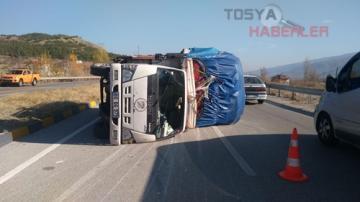 TOSYA ÇAYKAPI KAVŞAĞINDA TRAFİK KAZASI..