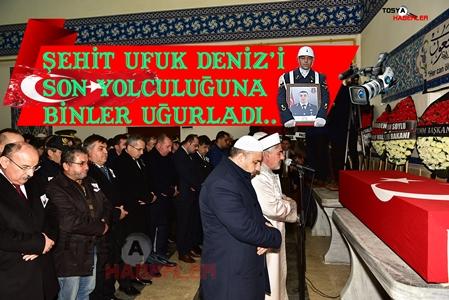 TOSYA'DA ŞEHİT UFUK DENİZ'İ SON YOLCULUĞUNA BİNLERCE KİŞİ UĞURLADI..